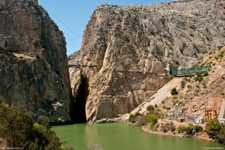 el caminito del rey in el chorro seen from the train station and campsite