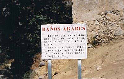 periana banos de vilo old sign