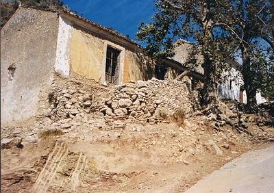 periana banos de vilo in disrepair