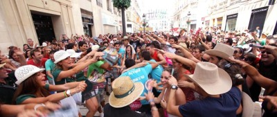 Mainly young people from Malaga, other parts of Spain and other Countries gather in Málaga Center for the Feria