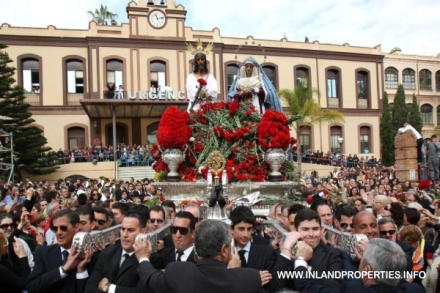 holy week eastern semana santa malaga 2015 cautivo