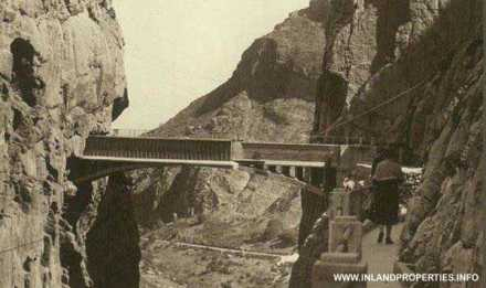 world most dangerous path caminito del rey ardales spain opening 2015-6