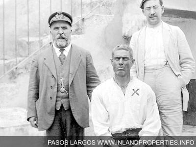 "Jose Mingolla ""Pasos Largos"""